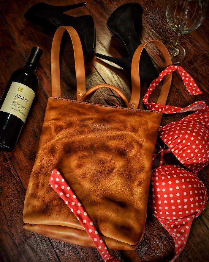 Ladies & Bags  (3).jpg