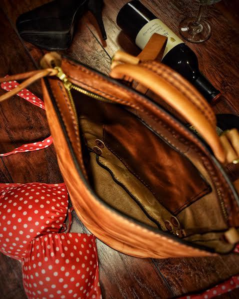 Ladies & Bags  (4).jpg