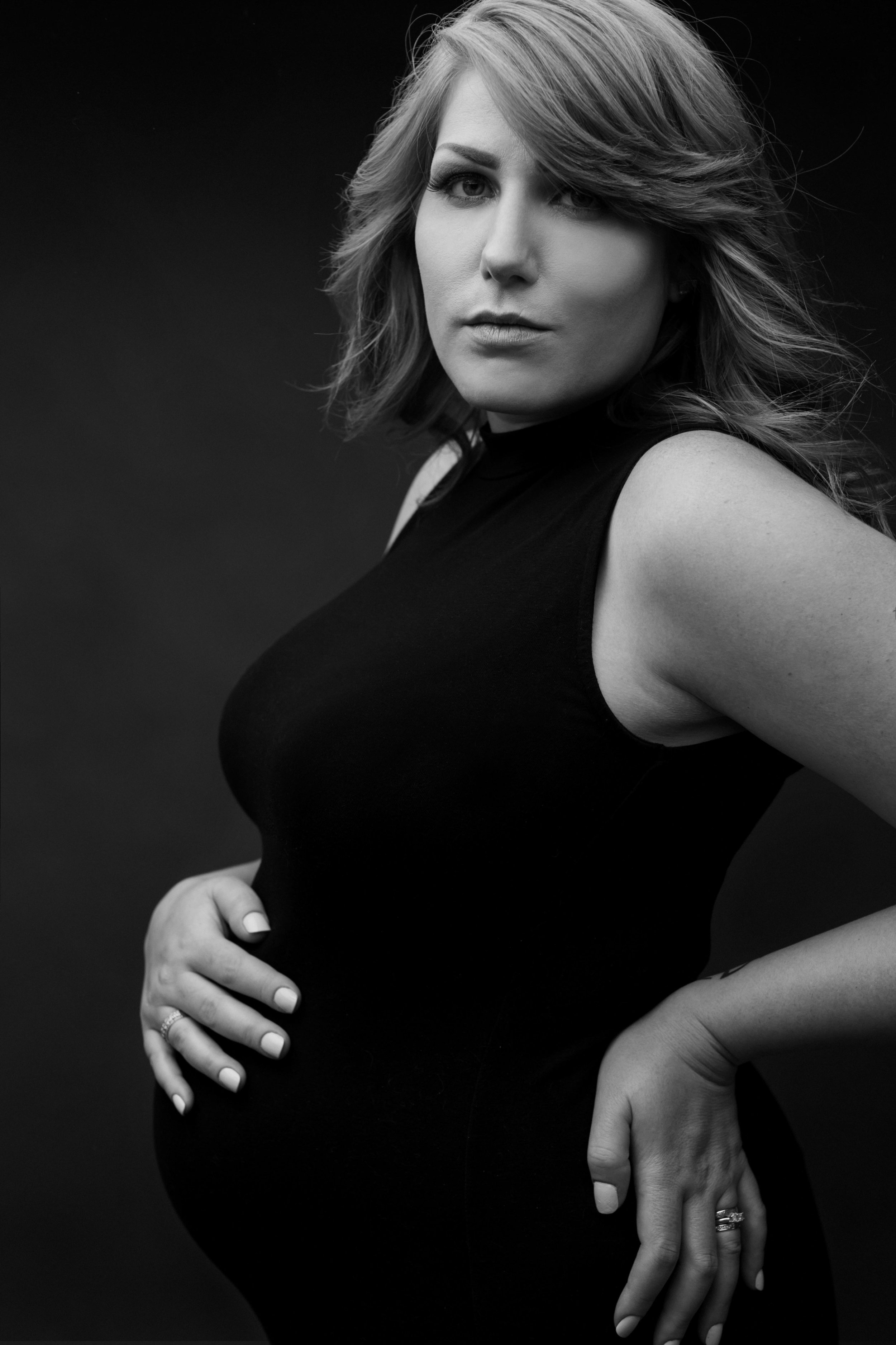 Maternity_LouLouMeBlue_Cookeville_Tennessee_Photographer-12.jpg