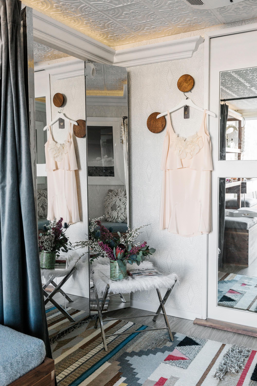 homepolish_alt_bride_truck_006_web.jpg