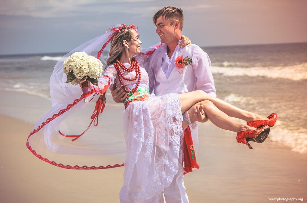 Beach wedding in Palm Coast