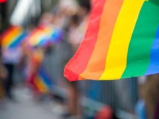 636589046039397745-LGBT.jpg