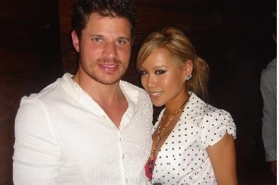 NICK LACHEY.png