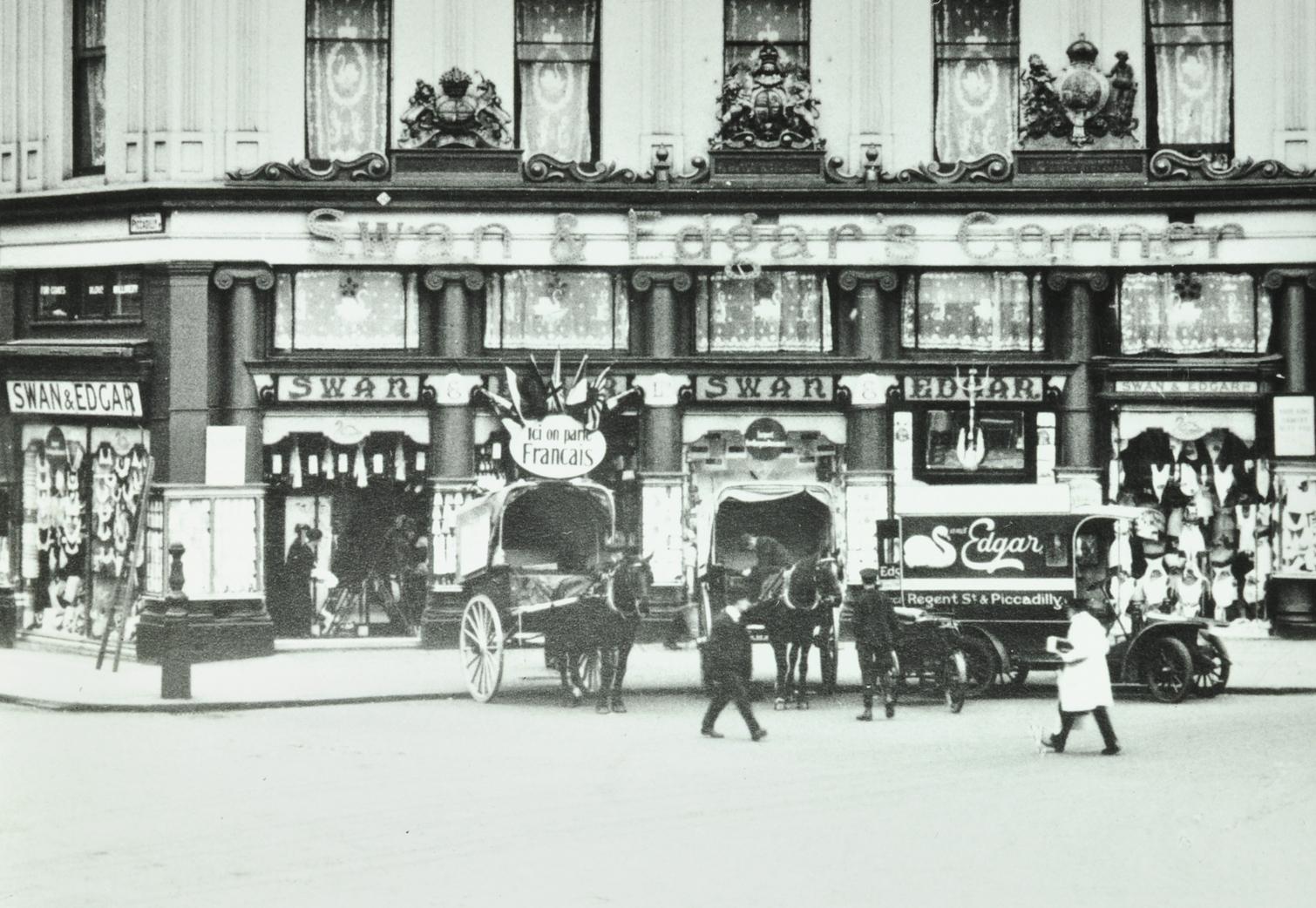 Swan and Edgar, Picaddilly Circus, 1920