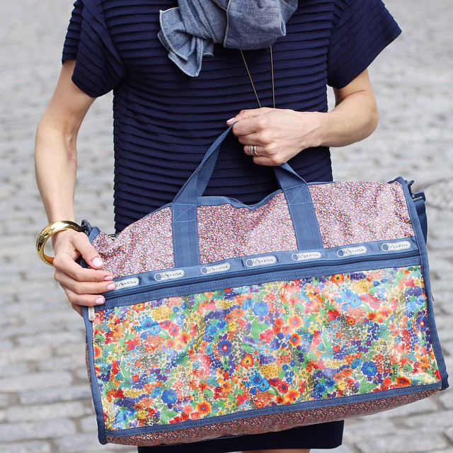 The huge #giveaway with some amazing brands, including @LeSportSac and their new @LibertyPrint line, ends tonight at 8pm EST! Go to my giveaway post to enter- and head to nichole.nyc for other favorite LeSportSac options!