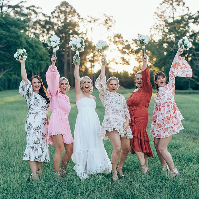 Hands up if you're excited for the weekend 🙌🏼 On a side note how amazing are Amy's bridesmaids dresses 😍 . . . . . . . . . #weddinginspo #bridesmaids #bridesmaiddresses #uniquebridesmaids #weddingphotography #love #bridetribe #bridalpartygoals #realwedding #ido #bridalinspo #bride #groom #instawed #weddingportraits #weddingdress #simpleweddingdress #goldenhour #lifestyleweddingphotography #toowoombawedding #countrywedding #hinterlandwedding #goldcoastwedding #goldcoastweddingphotographer #gabbinbarhomestead #gabbinbarwedding
