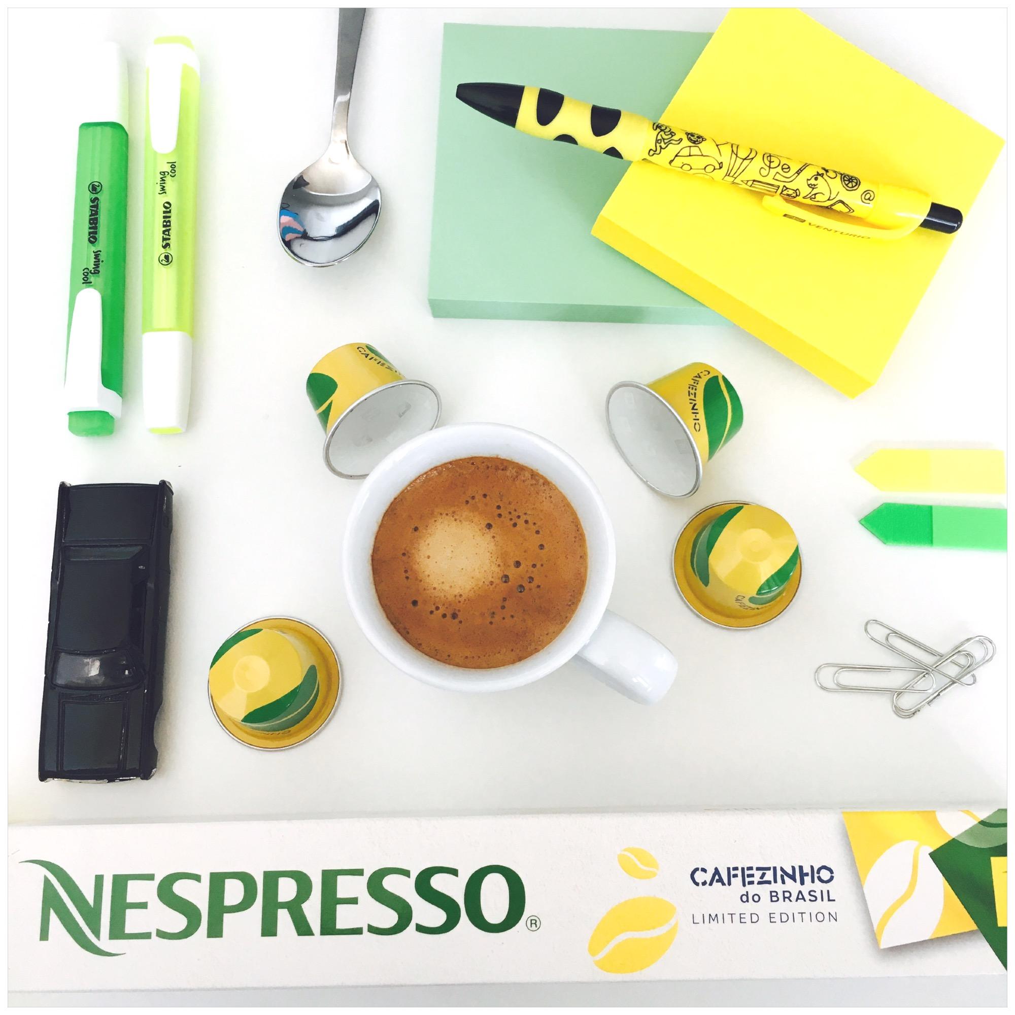 Asi osud, že mám Nespresso kávky i v práci, co říkáte? :-)