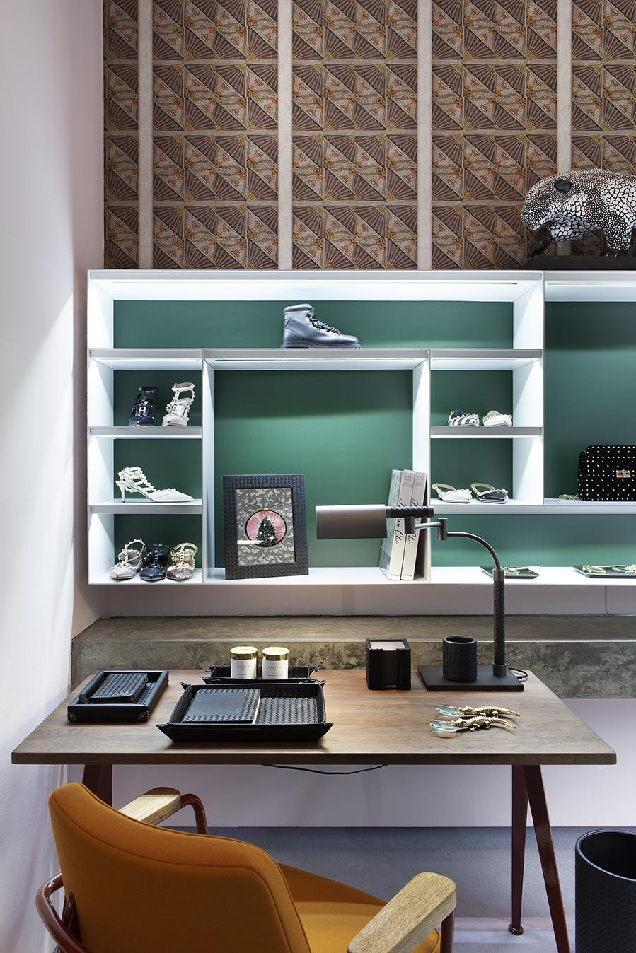 LuisaViaRoma_Home For The Holidays_Cristina Celestino_Low res (16).jpg