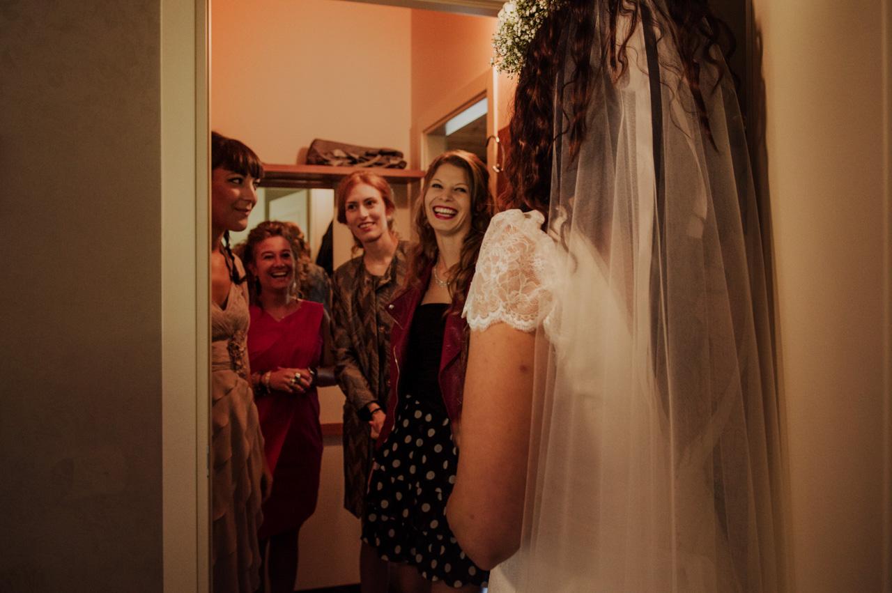 stefano-torreggiani-fotografo-di-matrimonio-scandiano-reportage-voswagen (10).jpg