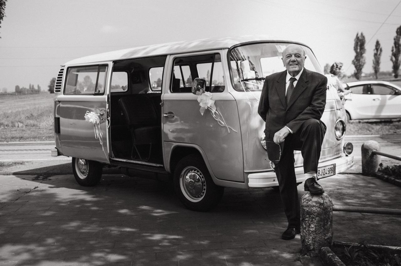 stefano-torreggiani-fotografo-di-matrimonio-scandiano-reportage-voswagen (16).jpg