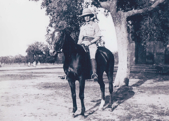 Allern Cecil Roland mounted.png