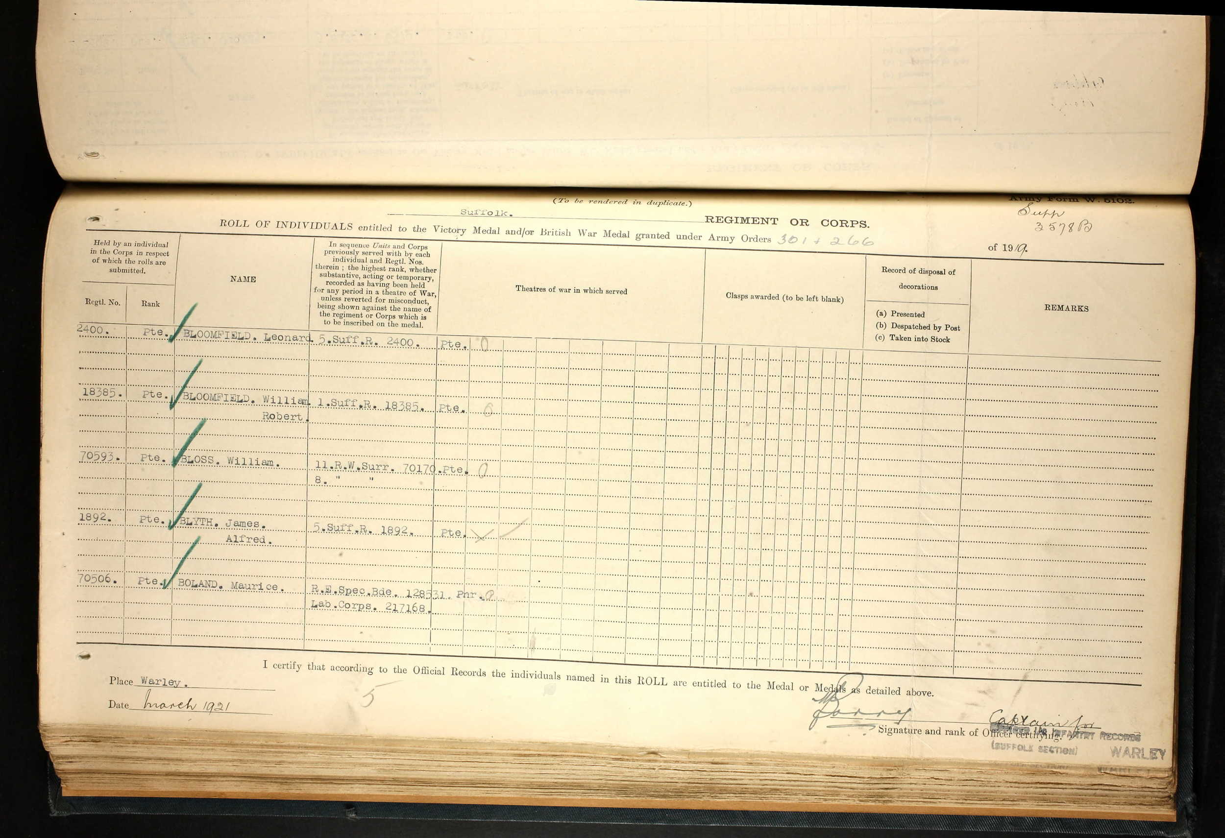 3 L Bloomfield victory & war medal book entry.jpg