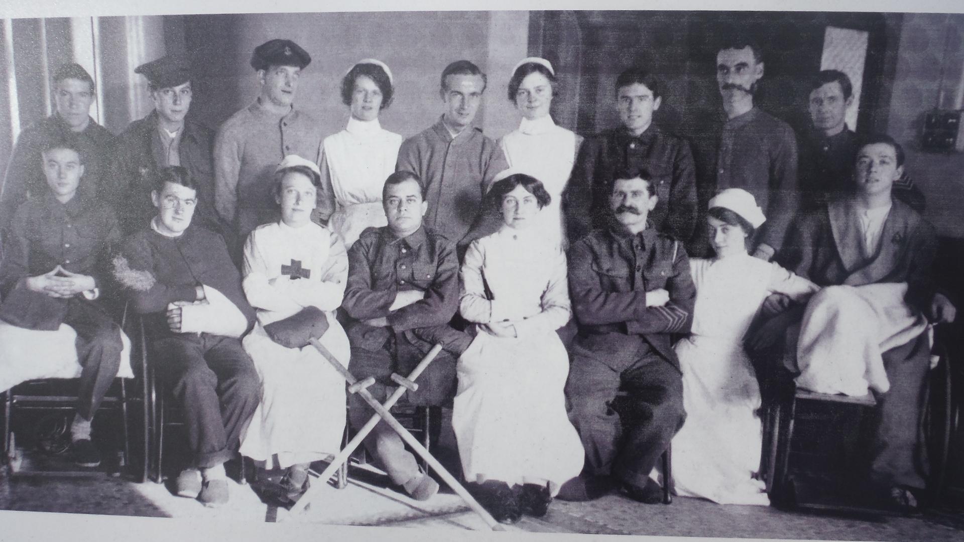A Manchester hospital c1918