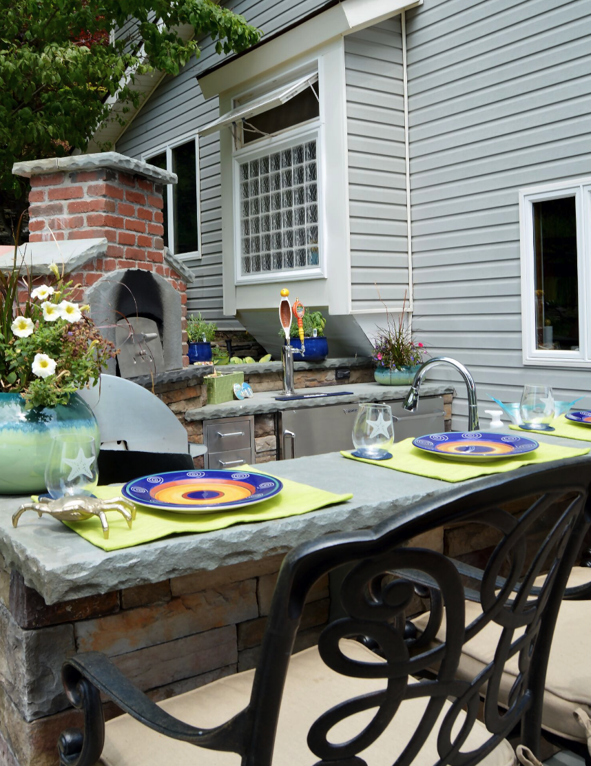 Landscaping in Monroe NY - stunning patio with outdoor kitchen