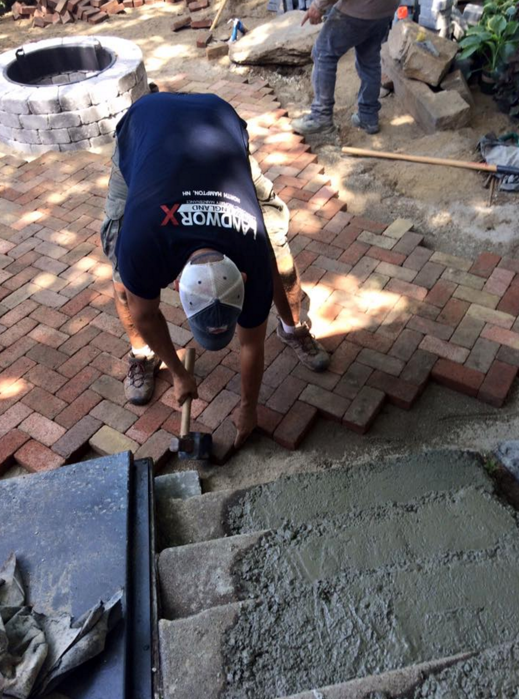 installing the concrete pavers