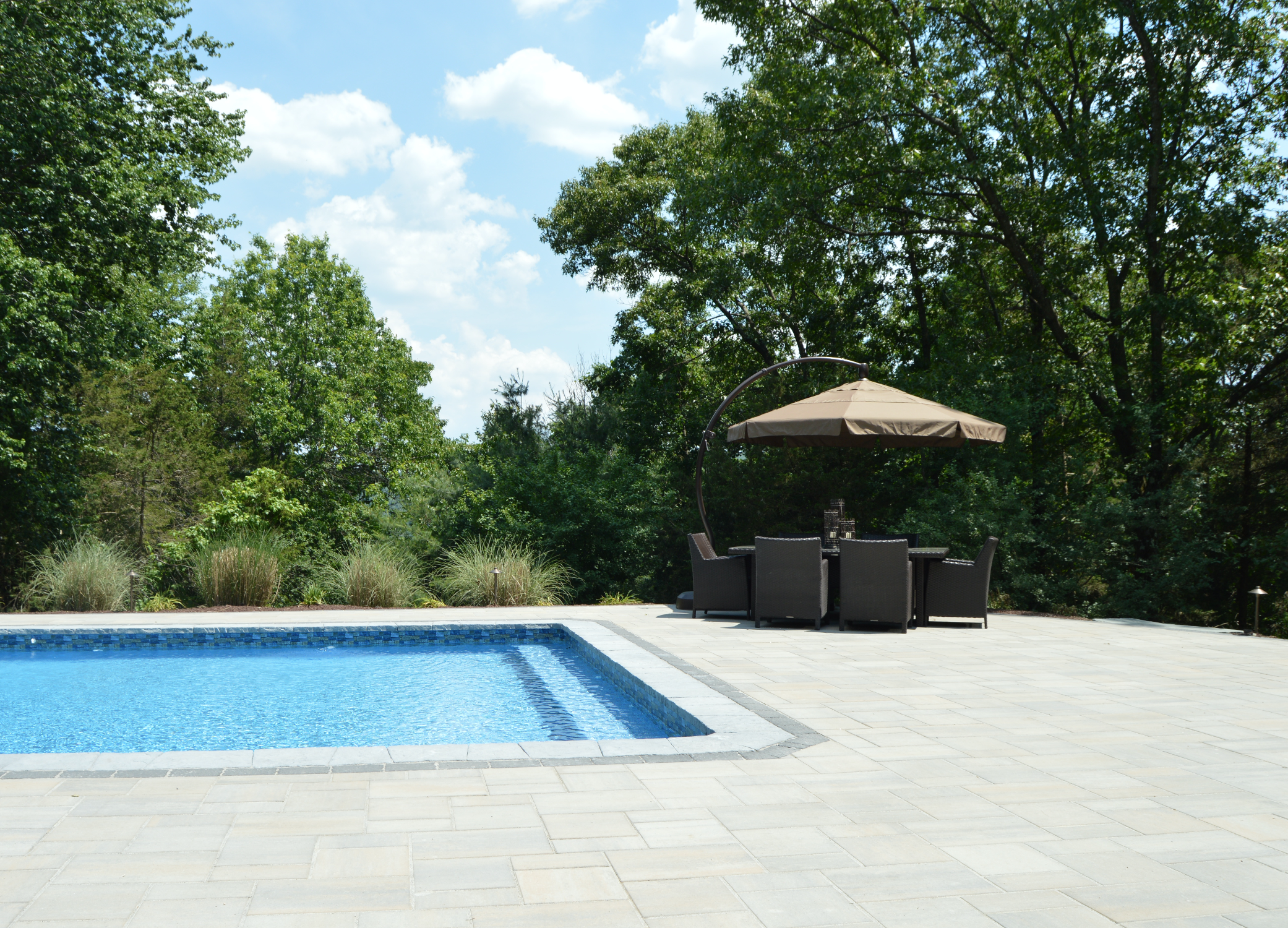 Sugarloaf, NY Swimming pool patio with pavers