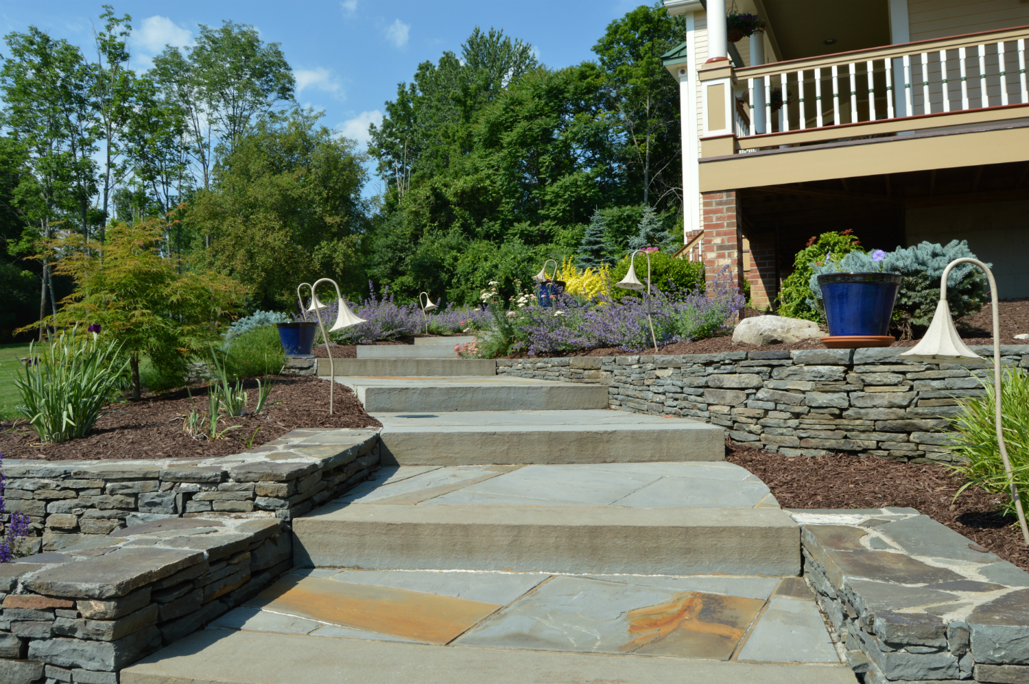 Custom Stone Features for Stunning Warwick, NY Landscaping