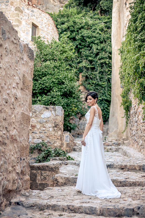 22_Destination_Wedding_in_Monemvasia_bride.jpg