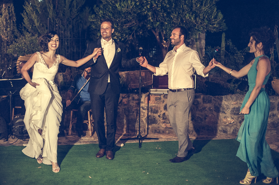 53_Destination_Wedding_in_Monemvasia_dance.jpg
