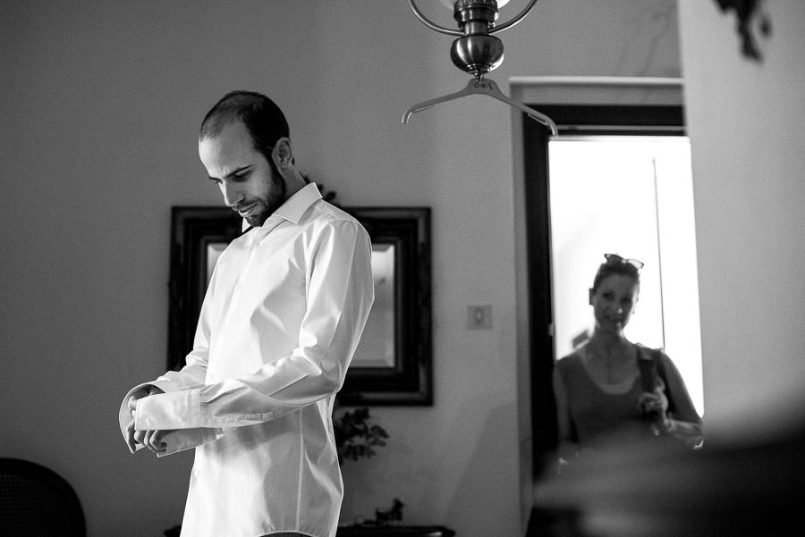 07 Γάμος στη Φιλοθέη προετοιμασία γαμπρού.jpg