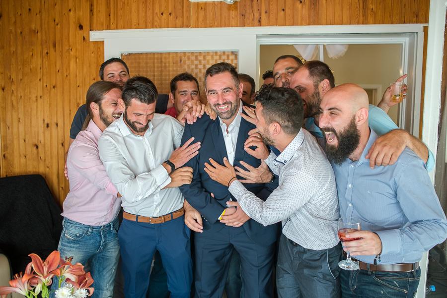 22 γάμος στον Άγιο Νεκτράριο Βούλας προετοιμασία οικογενειακές.jpg