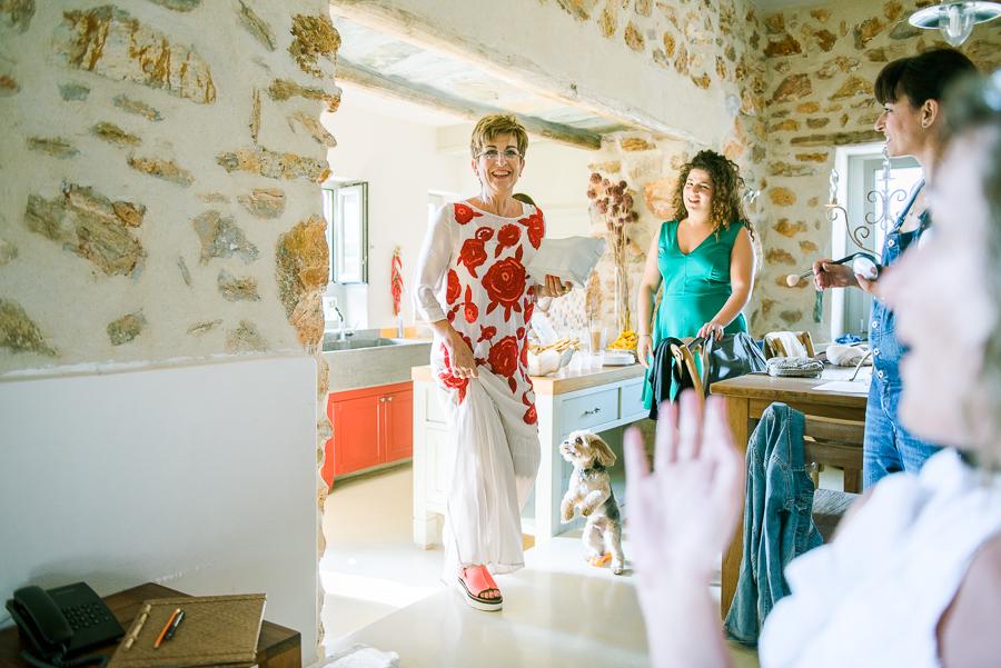 27_Wedding in Folegandros mom.jpg