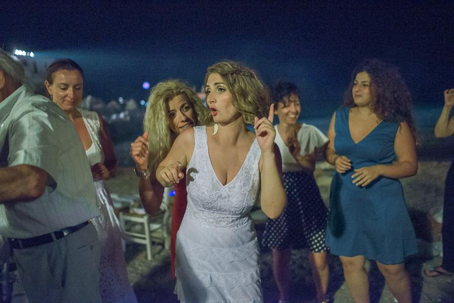 170_Wedding party Folegandros.jpg