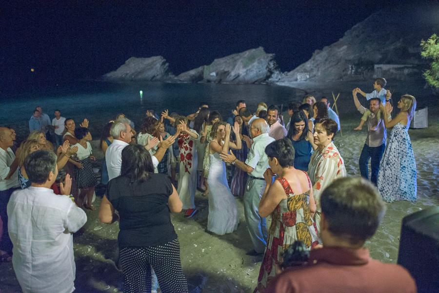 169_Wedding beach party.jpg