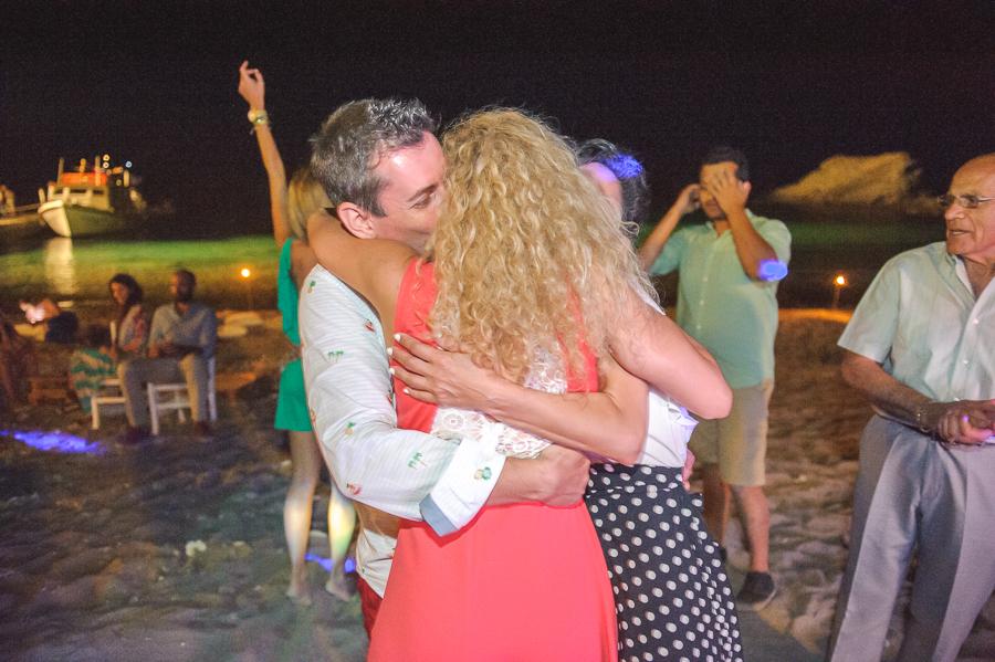 185_Wedding in Folegandros haging.jpg