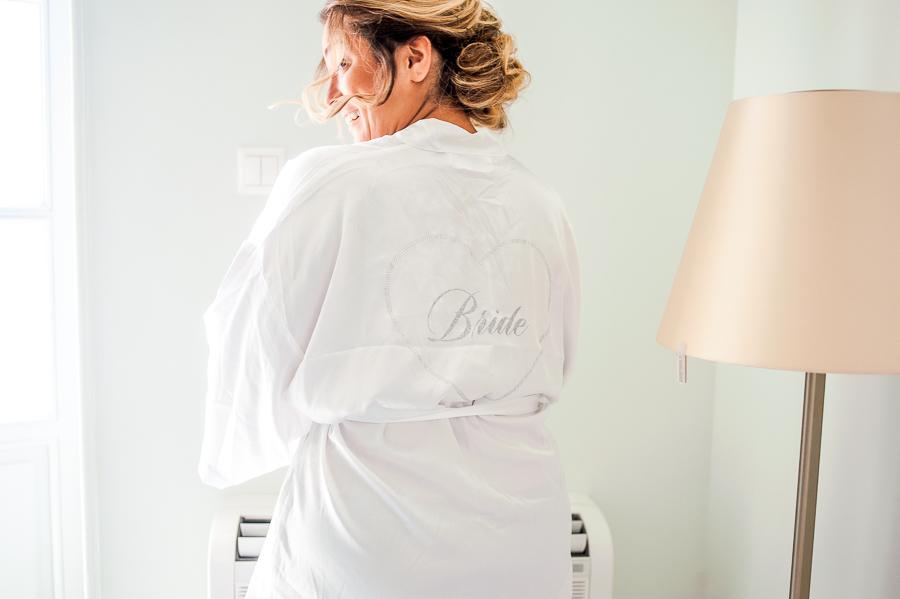 57_Hydra_wedding_photographer bride is getting ready.jpg