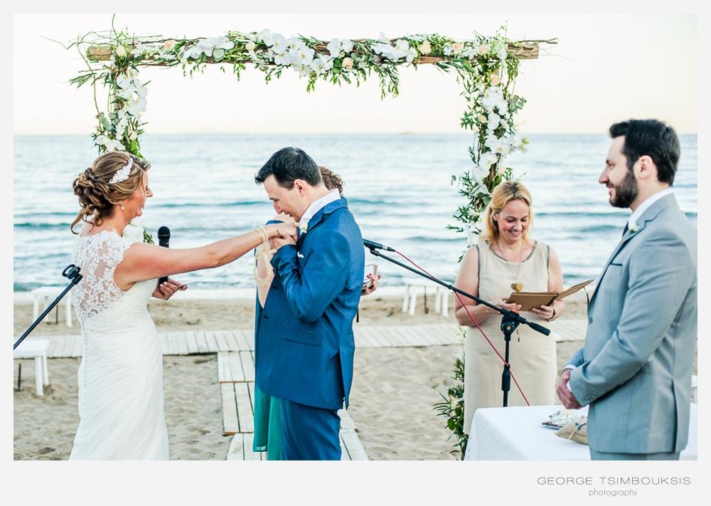 85 Γάμος σε παραλία Αθήνα.jpg
