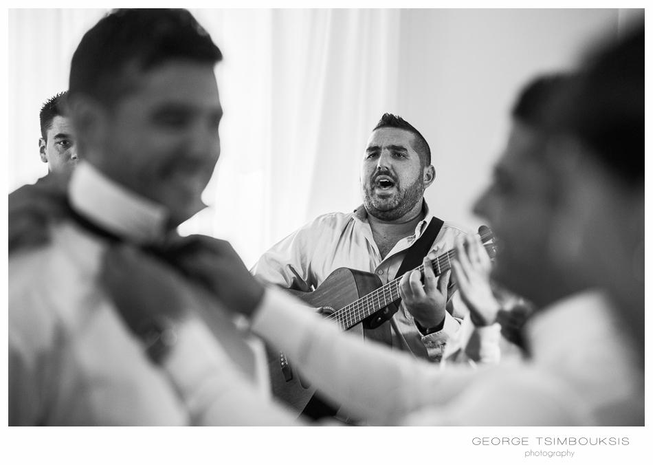 19_Wedding in Chios musicians.jpg
