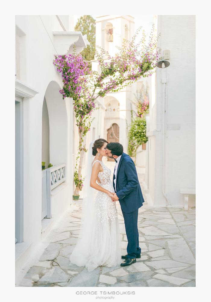 Φωτογράφιση Γάμου στα σοκάκια της Τήνου , Γιώργος Τσιμπουξής.jpg
