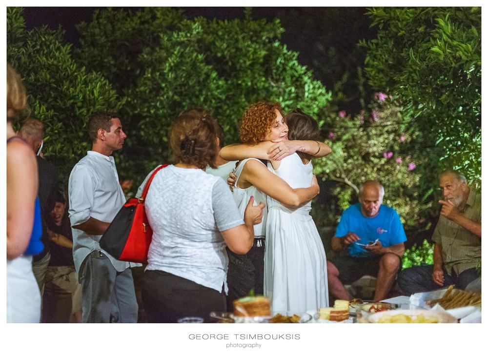 5_Wedding in Mystras_Prewedding Party bride with friends.jpg