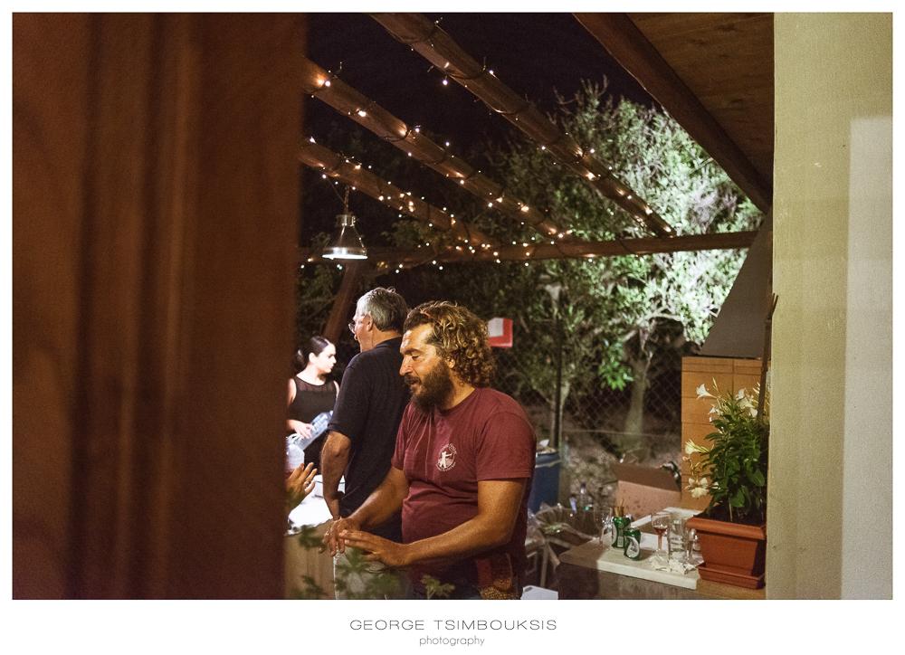 13_Wedding in Mystras_Prewedding Party talking.jpg