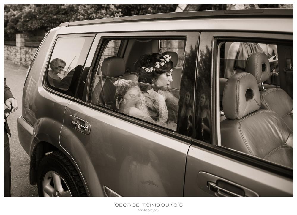 111_Wedding in Mystras_bride inside the car.jpg