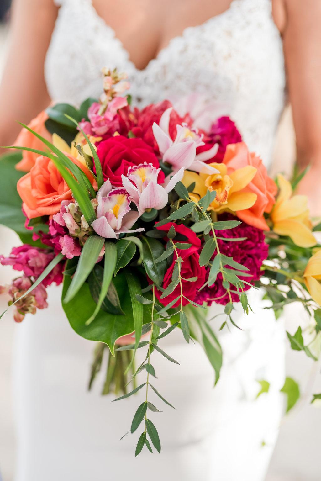 costa-rica-wedding-bouquet