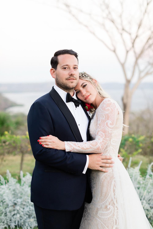 stylish-costa-rica-wedding