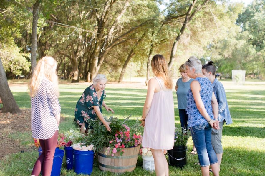 Velours Designs Picinic Flower Workshop