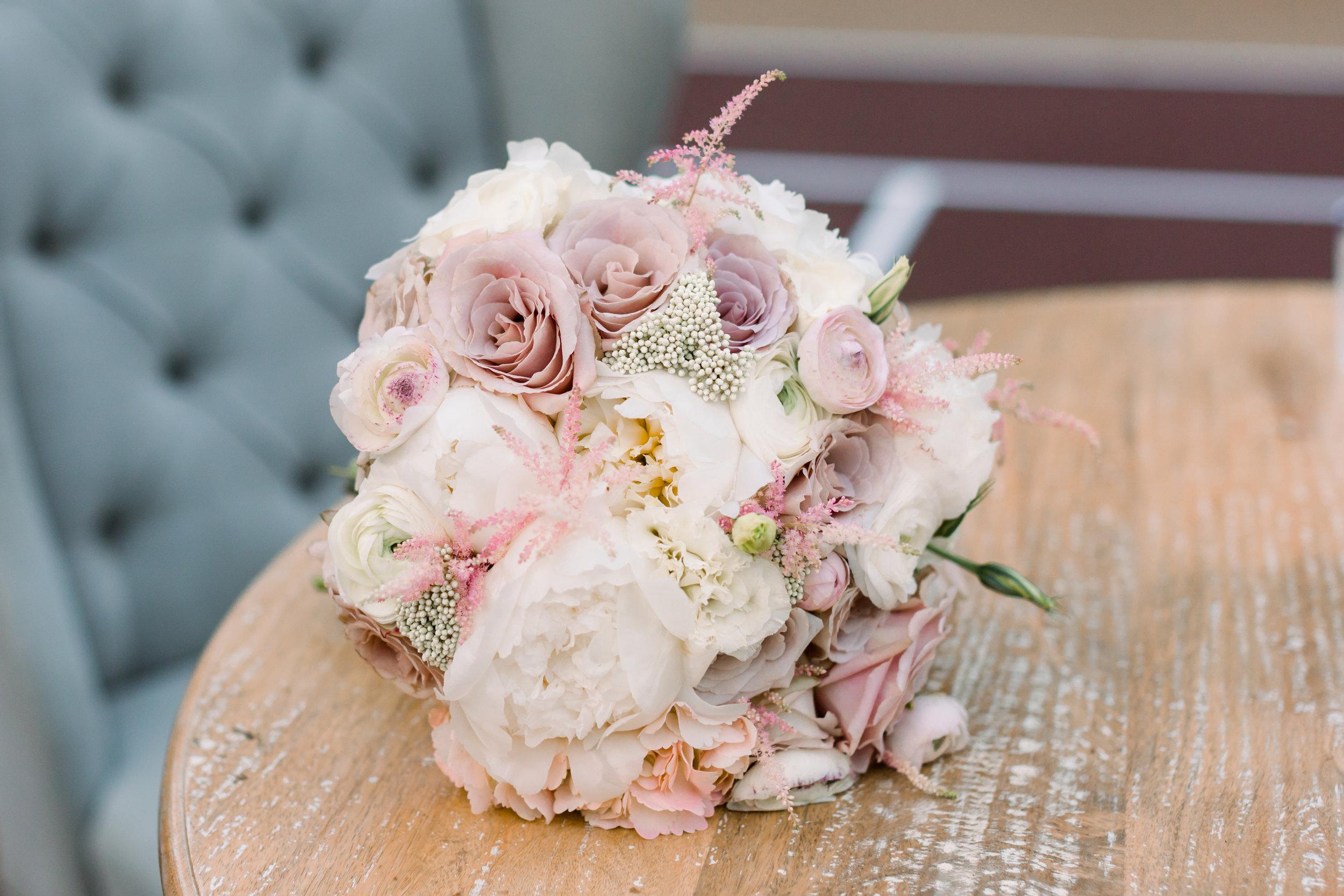 Spring Garden Wedding   Velours Designs