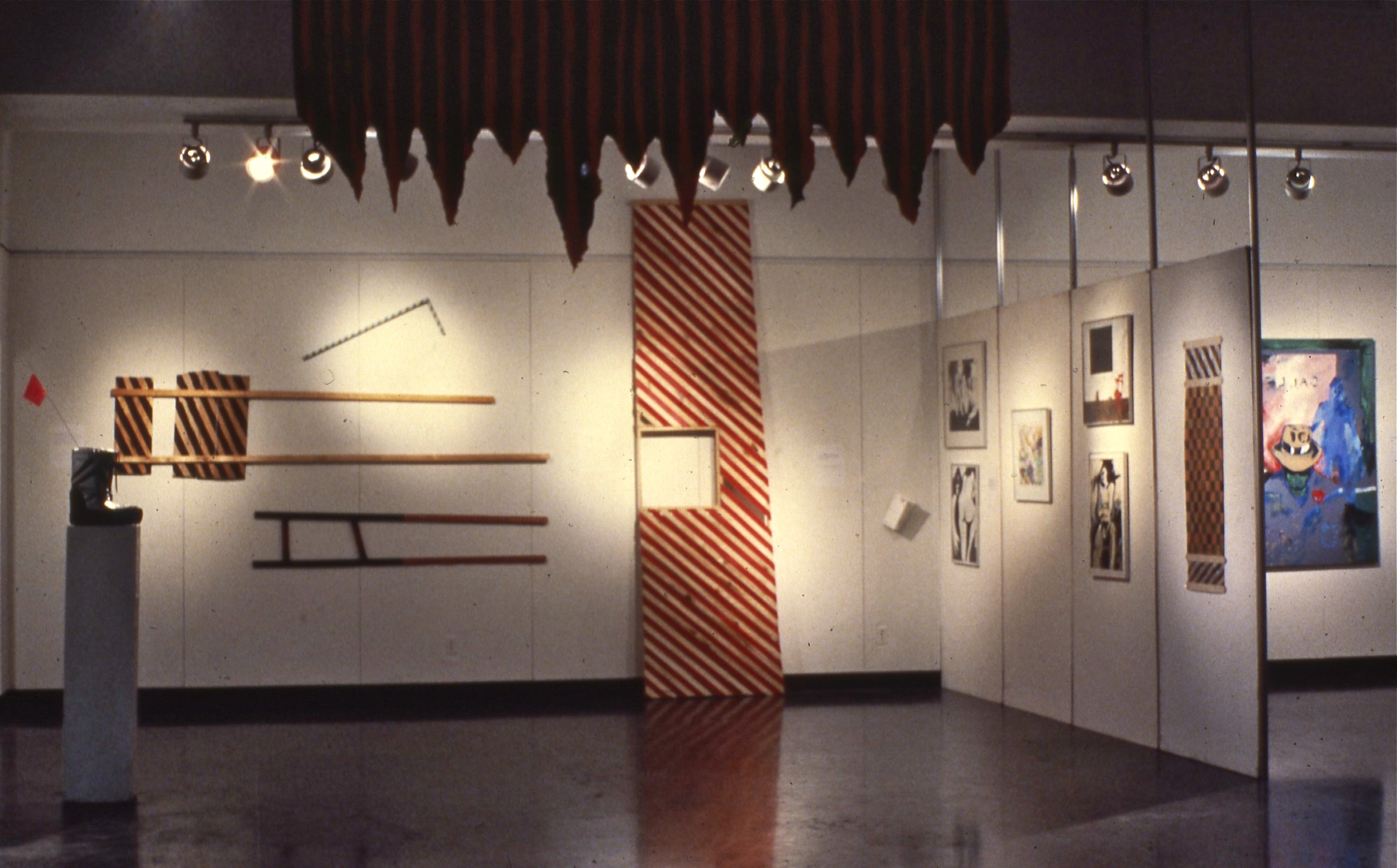 """Exhibition view with the """"Ubu"""" stage."""