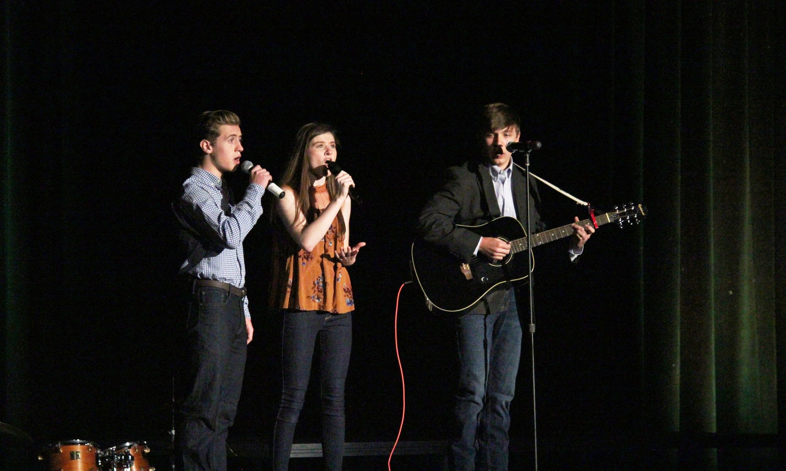 Oak Mountain hosts an annual talent show on the Friday of Homecoming Week for all students to attend. There are so many great acts, from singing, dancing, one-act plays, to even stand up comedy. This is one of the favorite traditions of every student.