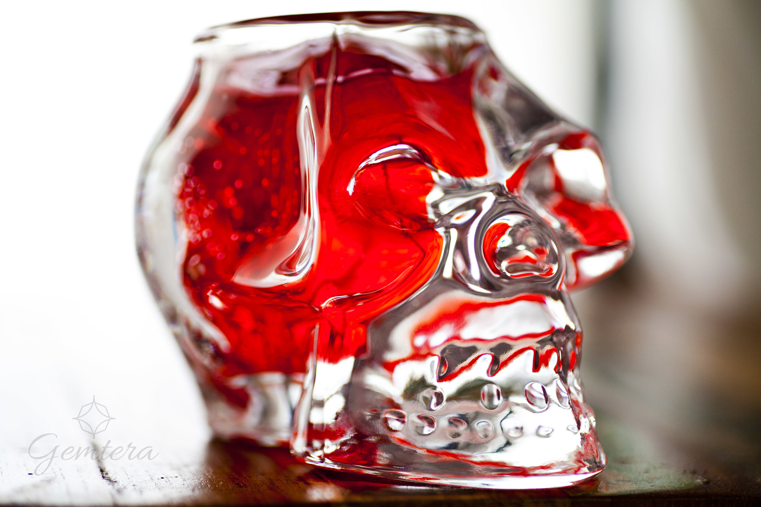 Skull Candle - Crystal Skull - Burn time: 50 hours
