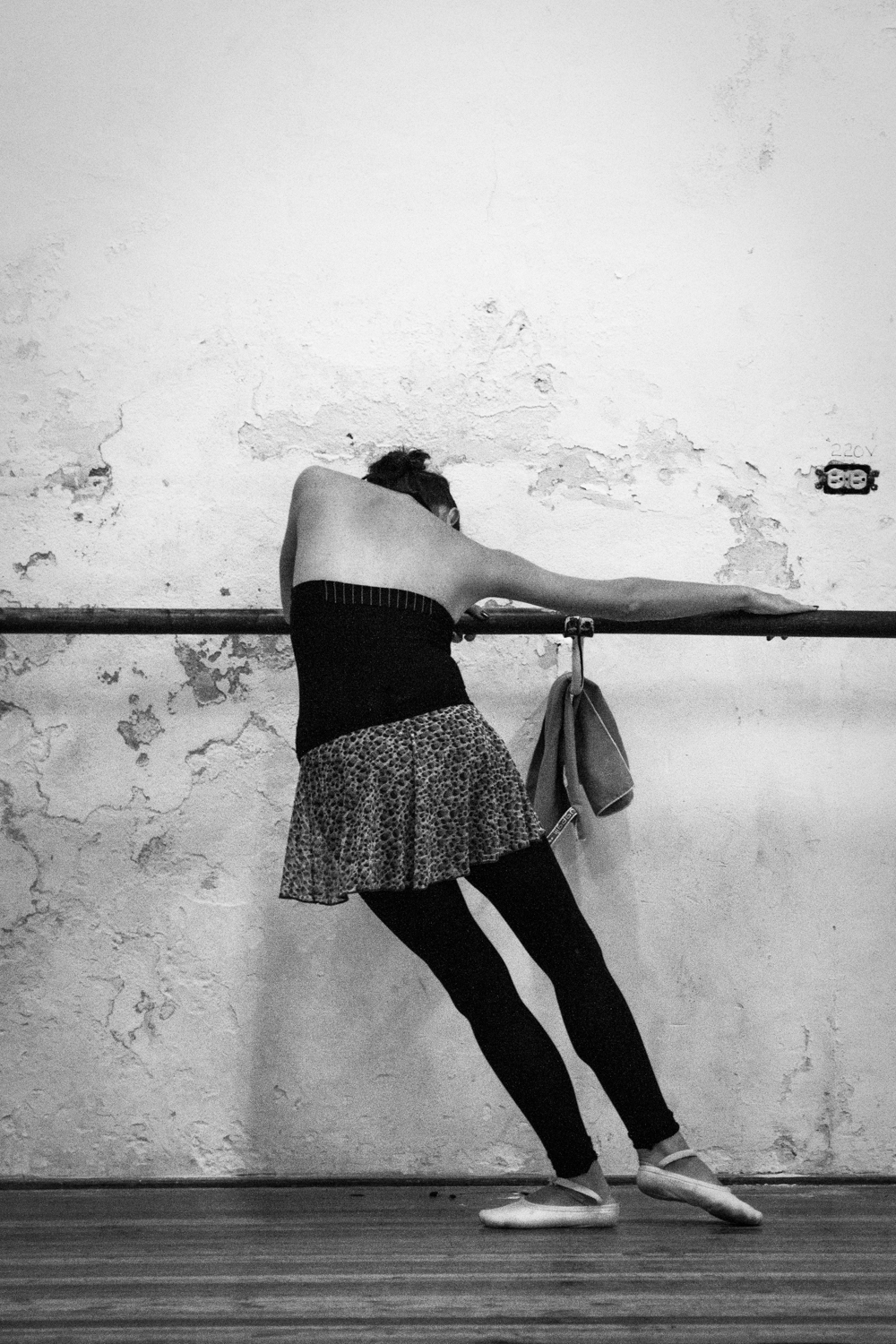Practice at the Cuban National Ballet
