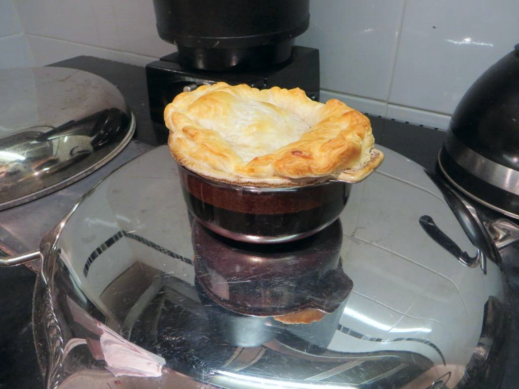 Beef Bourguignon Pies as cooked by Miss Esse!