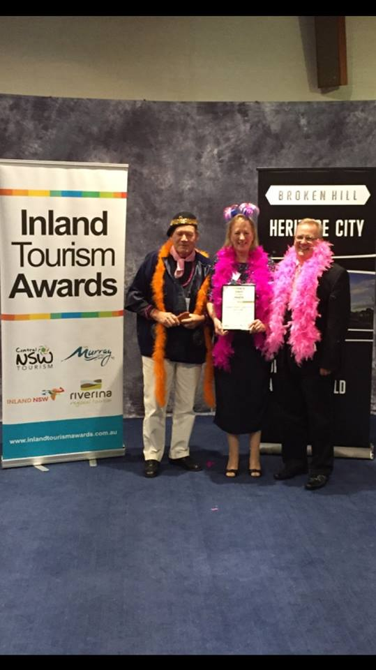 Les Hanel, Winemaker, Julianne Cox, Business Director with Inland NSW Tourism chairman Rodger Powell