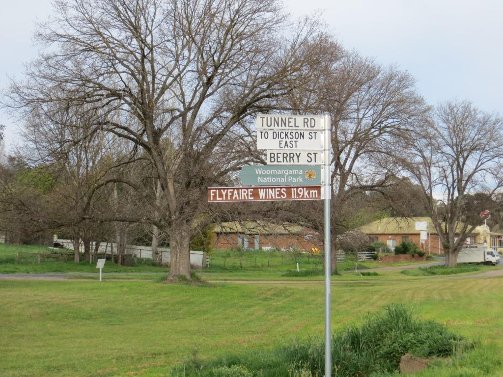 Flyfaire Wines' sign in the township of Woomargama