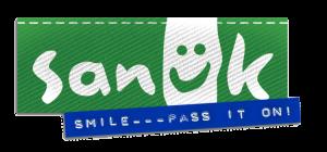 SanukLogo_GreenFlag_SmilePassItOn_Low_PNG-300x140.png