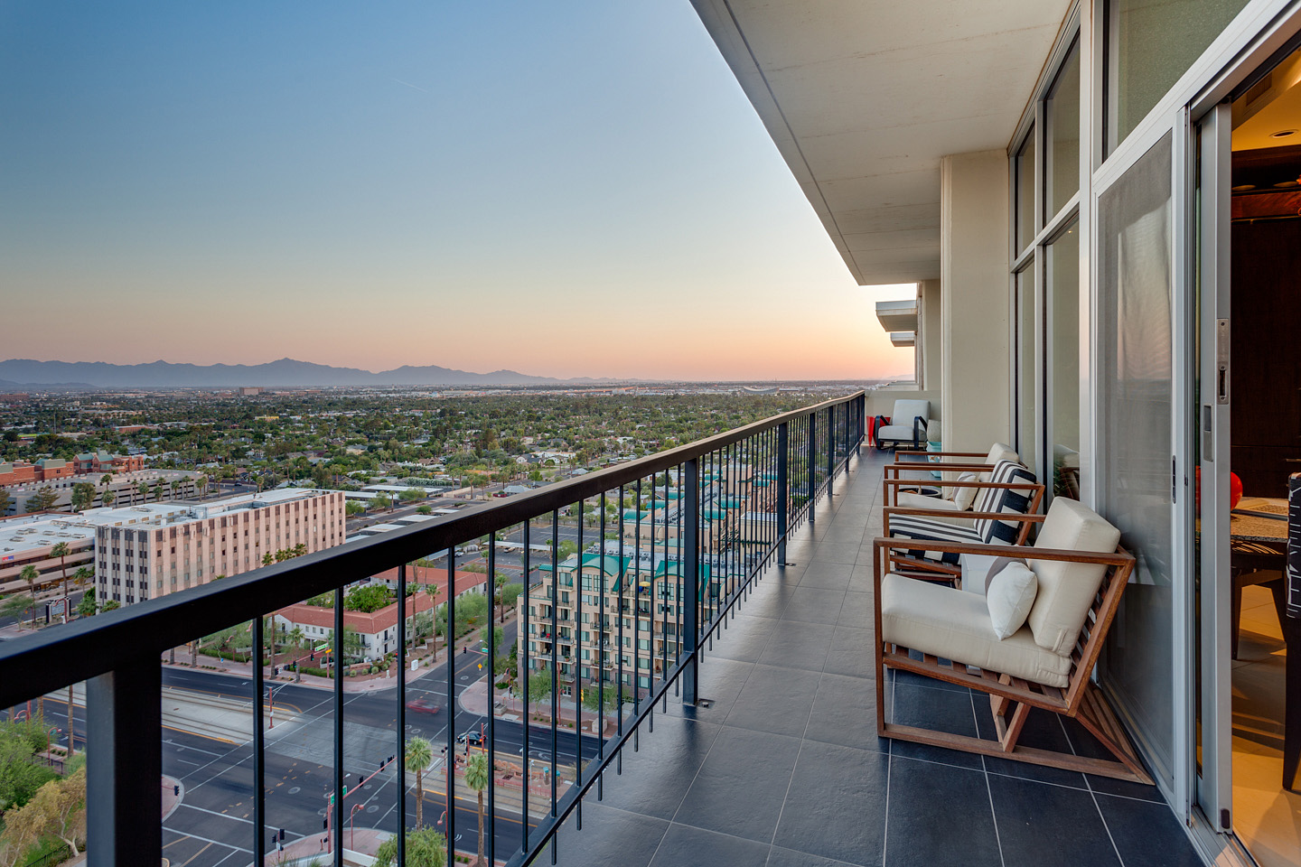 2323-N-Central-Ave-Phoenix-Downtown-Penthouse-54.jpg