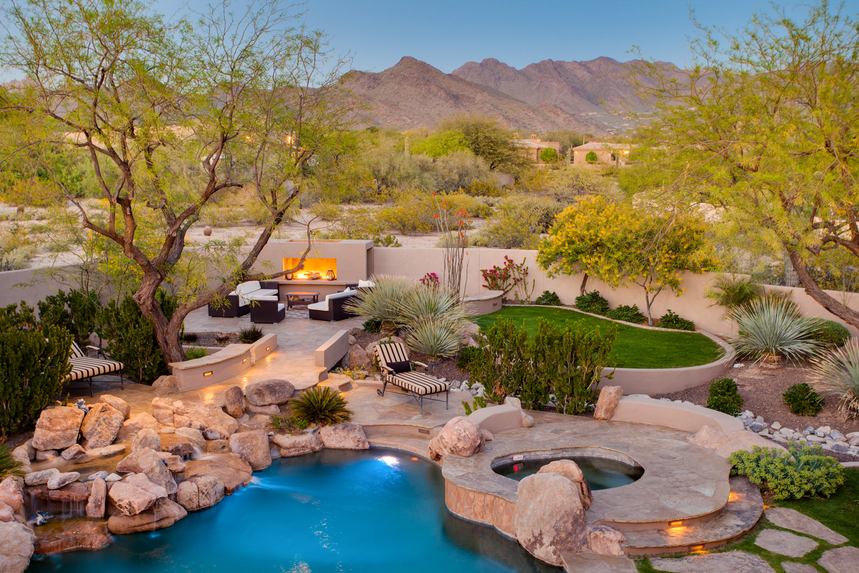 Phoenix_Arizona_www.JamesStewart.photo_02.jpg